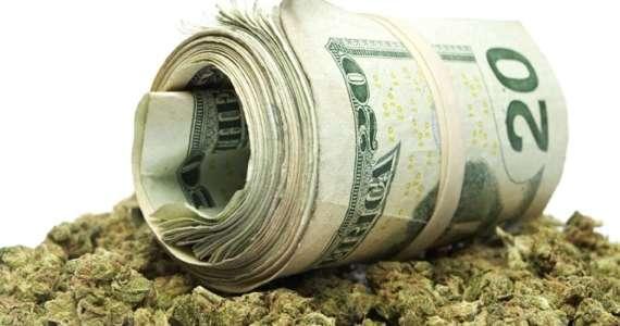 Marijuana Will Bring $44 Billion To The Economy By 2020
