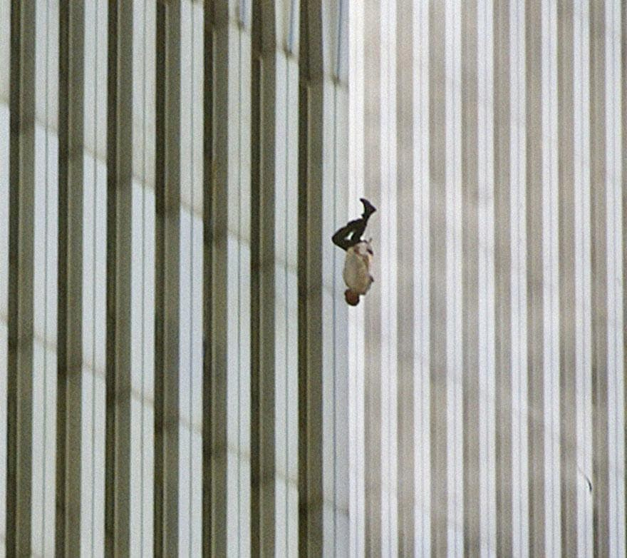 30 of the most powerful images of all time - Man Falling from the World Trade Center