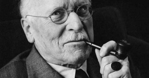 Carl Jung's 5 Steps To A Happy Life.