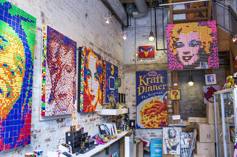 These Artists Twist Thousands of Rubik's Cube a Day to Create Massive Murals.1