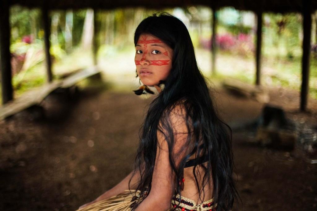 KichwaWwoman in Amazonian Rainforest