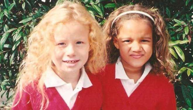 Beautiful Pictures Of The First Twin Sisters With Different Skin Colors Who Are 18 Years Old Today (4)