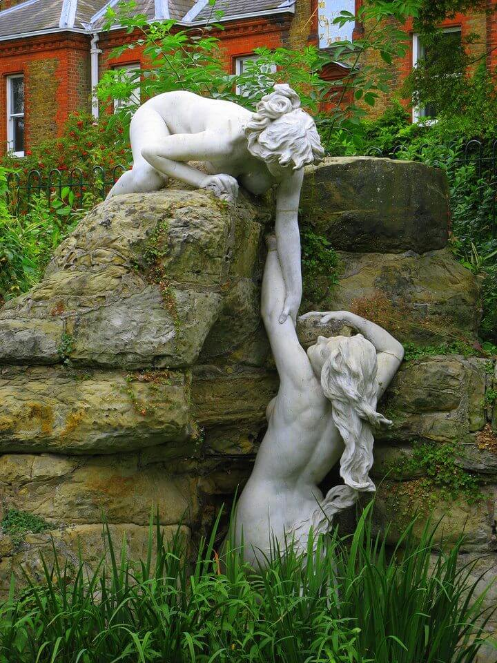 8. Water nymphs, York House Gardens Oxford, England.