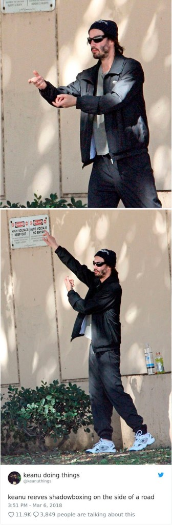 We Couldn't Stop Laughing When We Saw These 26 Hilarious Pictures Of Keanu Reeves (27)