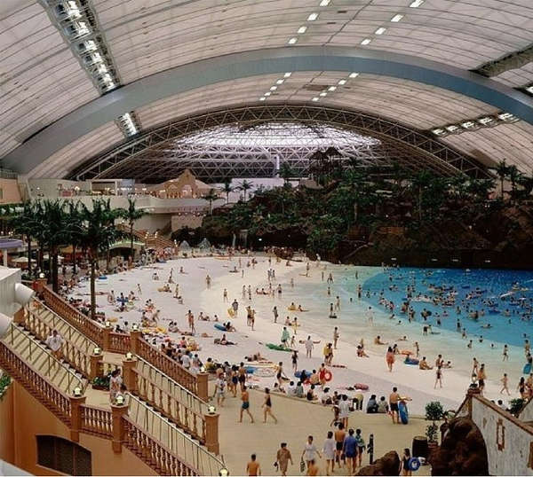 4. Waterpark indoor