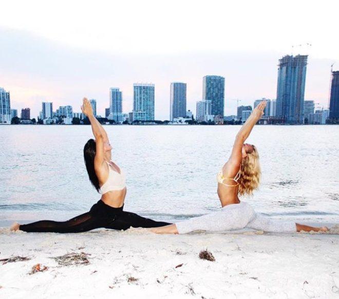 Hanumanasana Yoga Splits by Leialien Paz