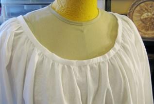 camicia neckline
