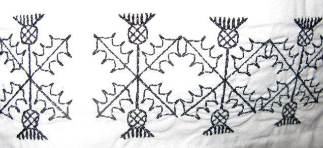 Thistle-pattern machine embroidery