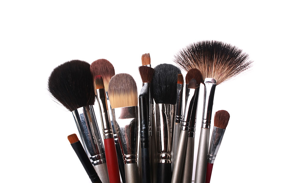 makeup-brushes-featured