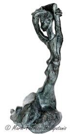 sculpture-marie-therese-tsalapatanis-caryatide-2