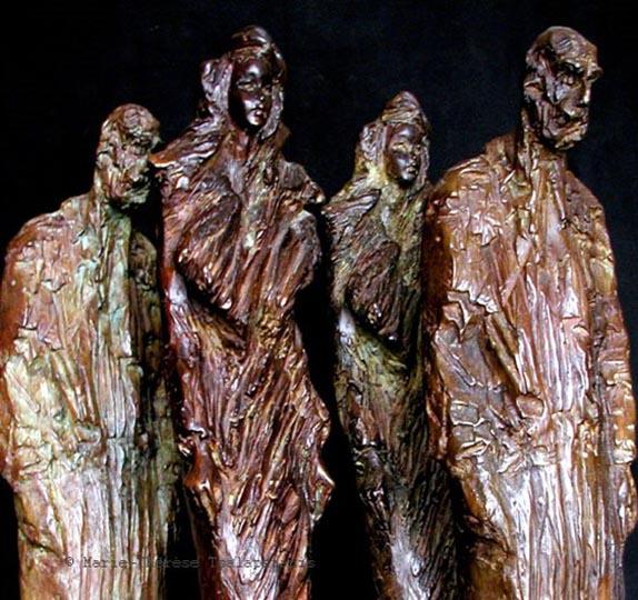 sculpture-marie-therese-tsalapatanis-veilleurs