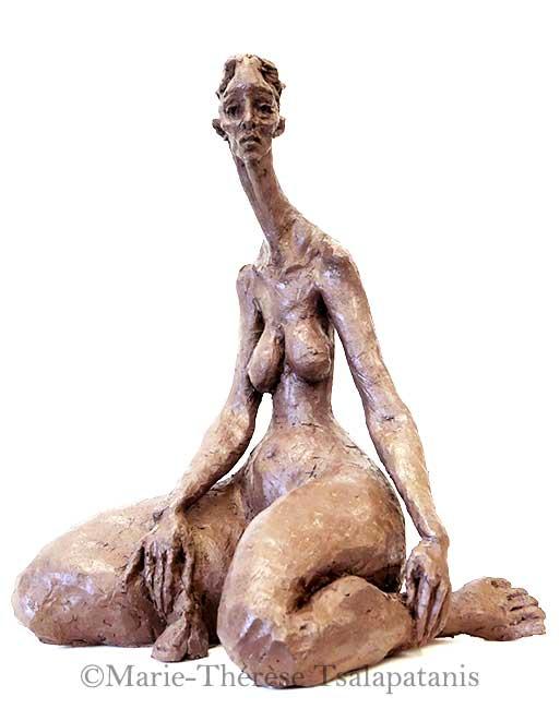 sculpture-marie-therese-tsalapatanis-femme-moichoir
