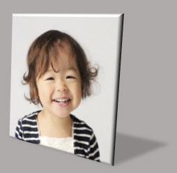3-D回転の透視投影を適用した写真に「影―透視投影」を適用した例