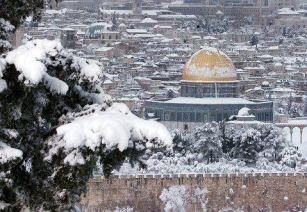 jan-9-2012-jerusalem-snow-in-palestine-photo-via-paltoday