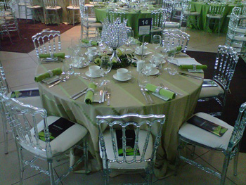 Versaille-style ghost chairs make an appearance. Photo courtesy of Exclusive Affair Rentals
