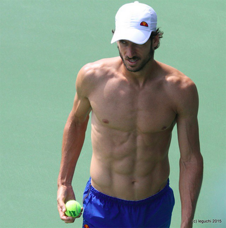 feliciano-lopez-indianwells15-shirtless-full