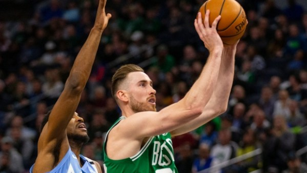 Gordon Hayward, Boston Celtics hold off Minnesota Timberwolves - TSN.ca