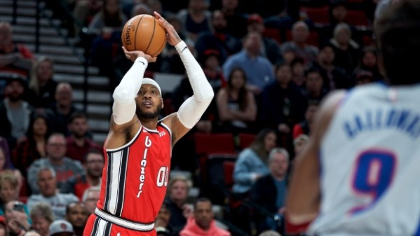 CJ McCollum, Carmelo Anthony carry Portland Trail Blazers past Detroit Pistons - TSN.ca