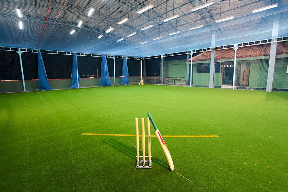 Safety-net-light-protection-safety net indoor-sport-hall-gym-industrial-area-Curtain-sAFETY-nET-Duabi-UAE-Abu-Dhabi-Sharjah-ASIA-Qatar-Iran-Oman-Saudi-Arabia