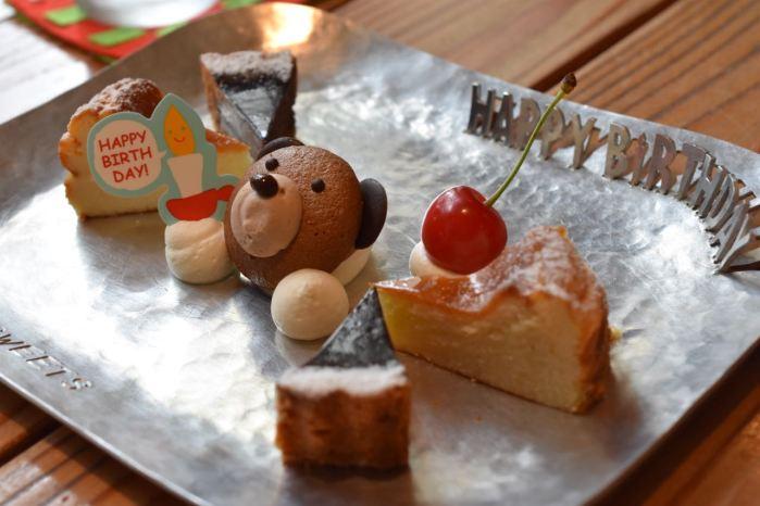 カフェ タチ スイーツ (cafe TATI sweets)— 伊東に来たら立ち寄りたいこだわりカフェで嬉しいサプライズ!!