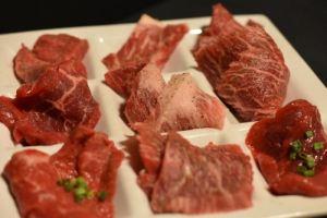 ビーフガーデン 二子玉川店 — 「牛一頭盛り」がヤバい!バラエティーを楽しめる焼肉屋が美味かった!! [東京グルメ]