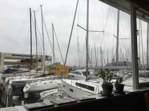 葉山マリーナ グリーンポイント(GREENPOINT) ヨットが並ぶハーバーのカフェが落ち着いていい感じ!!  [2016年3月 葉山・三浦・鎌倉旅行記 その4]