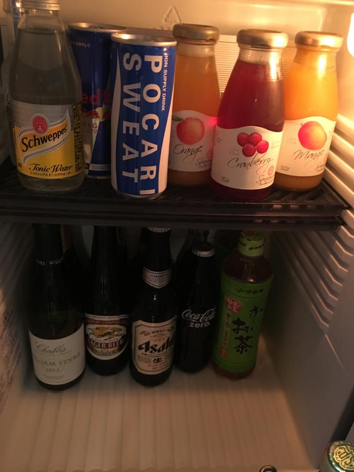ザ・リッツ・カールトン東京の冷蔵庫の瓶ビール小瓶はなぜ1,300円なのか [2016年7月リッツカールトン誕生日プロジェクト その3]