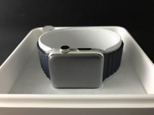 Apple Watch Series 2 レビュー 〜 42mmステンレススチールケースとミッドナイトブルーレザーループ – L がやってきた!まずは開封!バンドが美しい!!