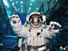 esa cerca astronauti