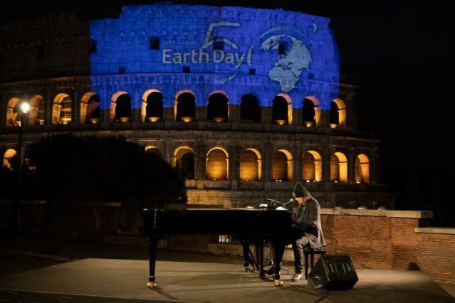 earth Day Zucchero Colosseo