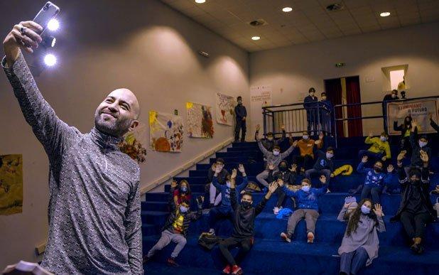 giuliano sangiorgi save the children