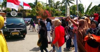 Pengungsi Lupus demo di HUT RI Ke 75 dua tahun hidup terlantar