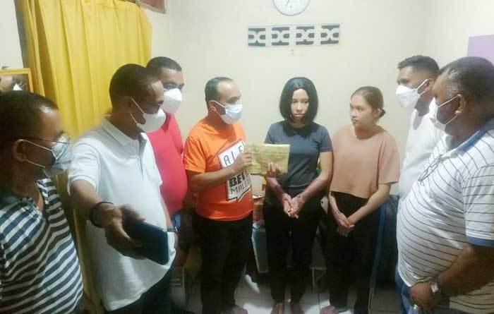 Komisi-I-DPRD-Maluku-sambangi-kamar-kost-korban-bom-makasar-beri-bantuan