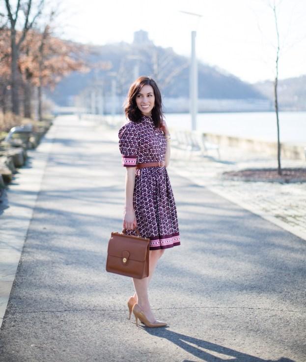 vestido con forma de A estampado para trabajar