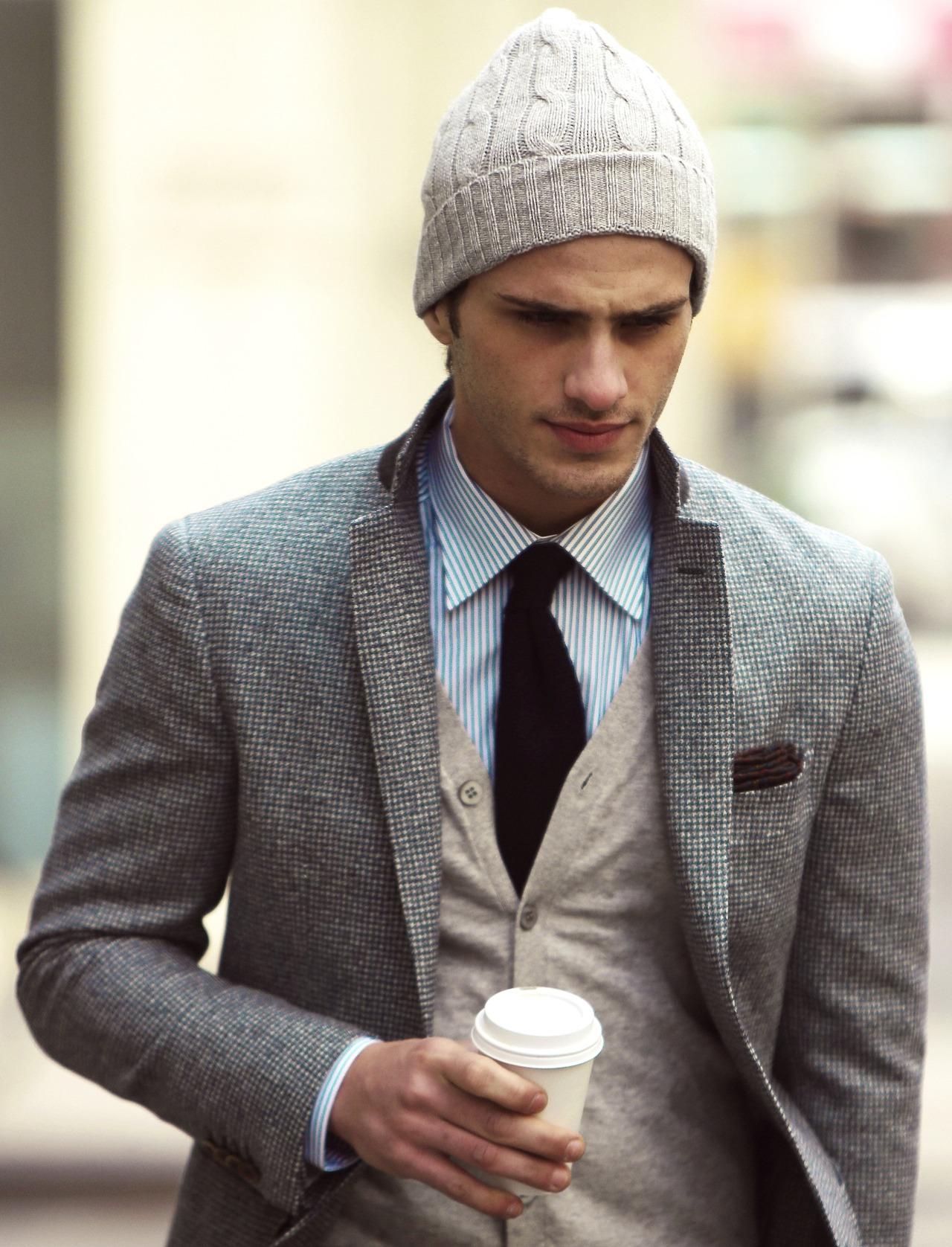 82d239f6b27b5 En el caso de querer utilizar los gorros de lana con prendas más de vestir
