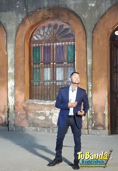"""Toño Liárraga grabando el video de su sencillo """"Vuelvo a nacer"""""""