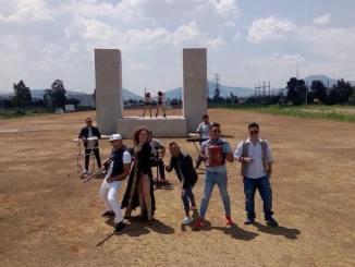 """Anny B fusiona ritmos con """"1,2,3"""" al lado de MexiKolombia y Profe Sandoval."""