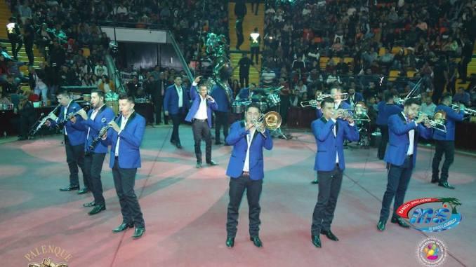 Banda MS - Palenque de León Gto 2019