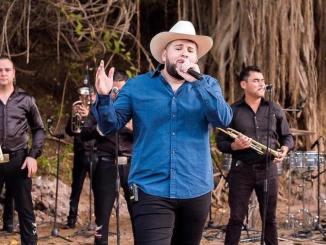 """El Fantasma estrena su sencillo """"El Circo"""", mismo que da nombre a su más reciente álbum."""
