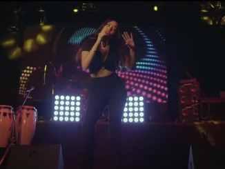 """ALANA SOL está de estreno presentando en todas las plataformas digitales su canción """"El chico del apartamento 512""""."""