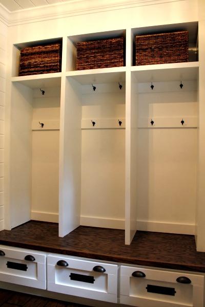 mudroom lockers tuckinginsuperheroes.com