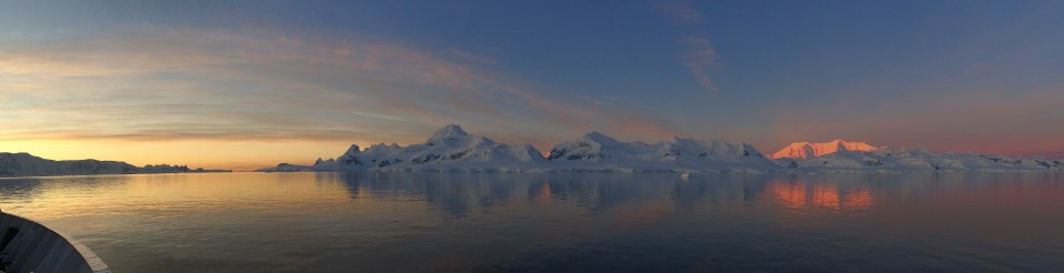 midnight sun Antarctica December 2015