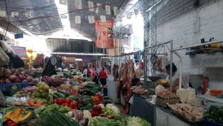 Tarija - top-notch market