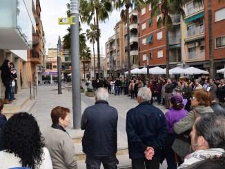 Este matí, tres veïnes del municipi que han aconseguit els seus reptes professionals i personals, en representació de les dones de Vilamarxant, han llegit un manifest per la igualtat i l'equiparació de drets entre sexes en el Dia Internacional de la Dona.