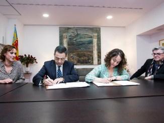 El Palau de la Música y el Departamento de Salud de Manises han firmado un acuerdo de colaboración para mejorar las condiciones de salud de los músicos.