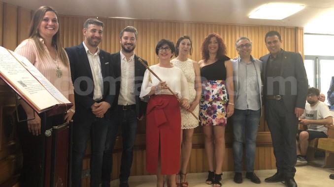 Nuevo equipo de gobierno del Ayuntamiento de Buñol que lidera Juncal Carrascosa.
