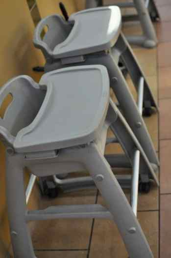 Park Place Mall highchairs at food court