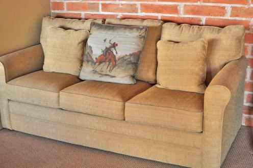 All-Tanque-Verde-Ranch-rooms-have-a-roomy-sitting-area