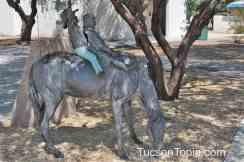 horse-sculpture-at-Brandi-Fenton-Memorial-Park