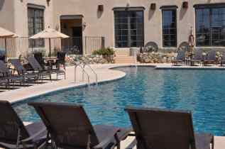 outdoor swimming pool at Tanque Verde Ranch